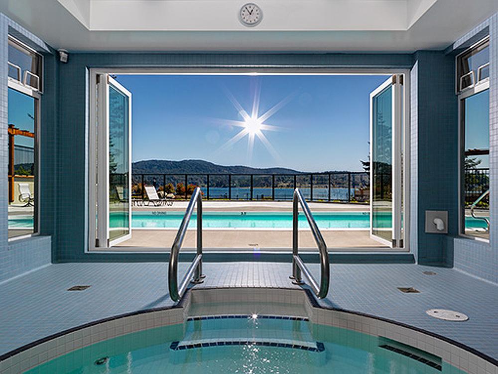 Heron-View-hot-tub.jpg
